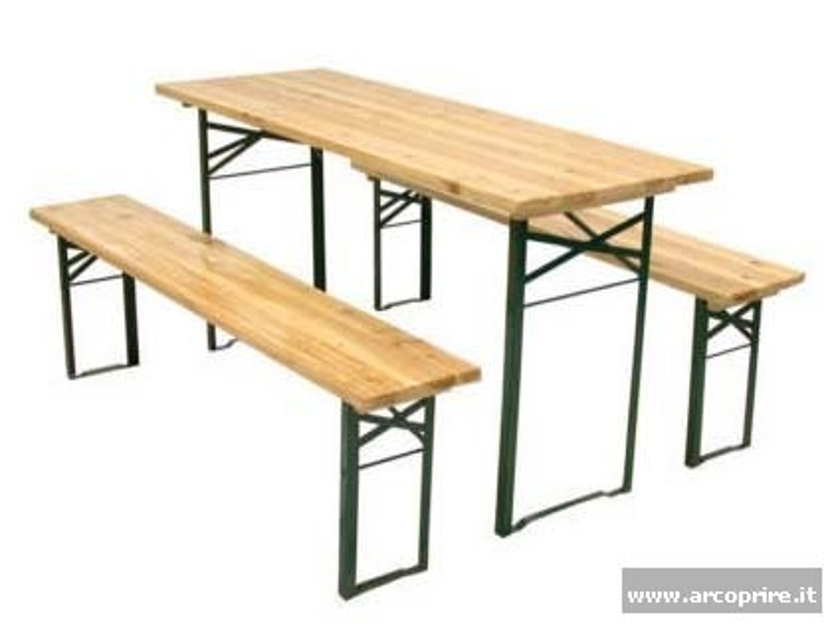 Tavoli e panche modello birreria - Panche e tavoli pieghevoli ...