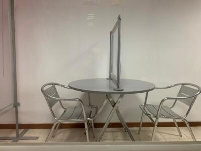 """Barriera Parafiato da """"tavolo"""" per distanziare scrivanie, tavoli e spazi ravvicinati"""